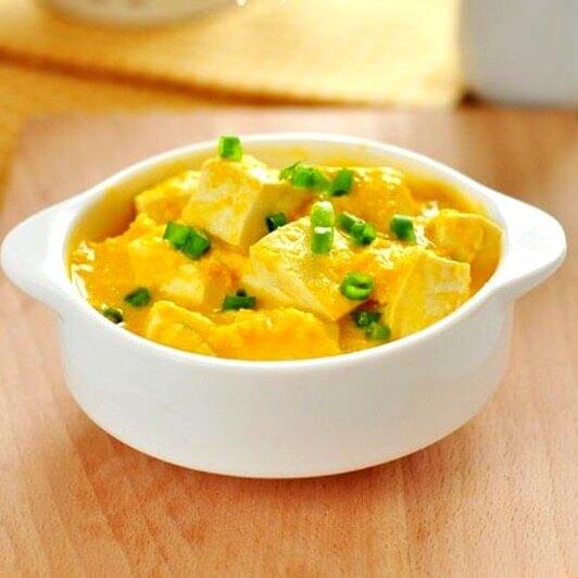 咸蛋黄焖豆腐