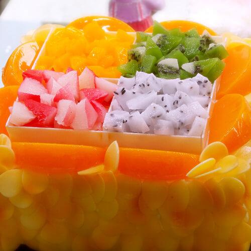 8寸奶油水果裸蛋糕