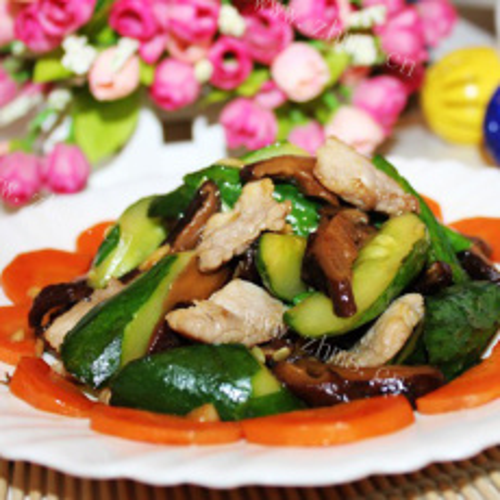 好吃的青瓜香菇五花肉