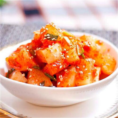 特色韩式辣萝卜泡菜