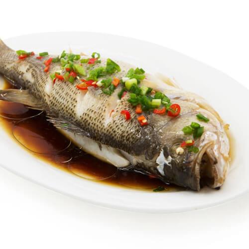 家乡咸菜蒸鱼