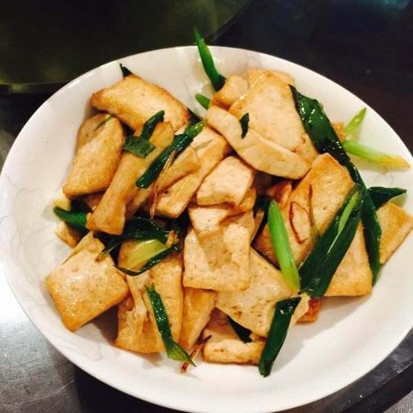 香辣葱焖豆腐