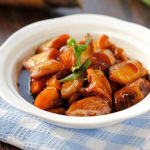 红肠蚝油焖春笋