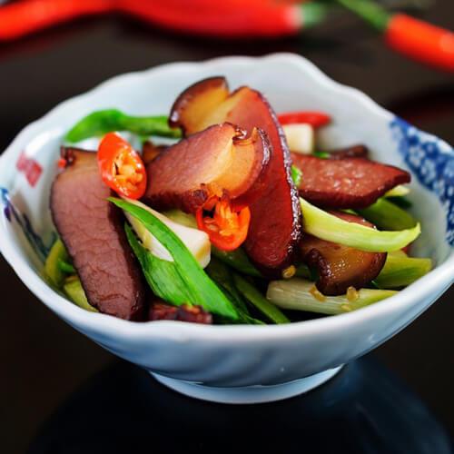 蒜苔炒大肉