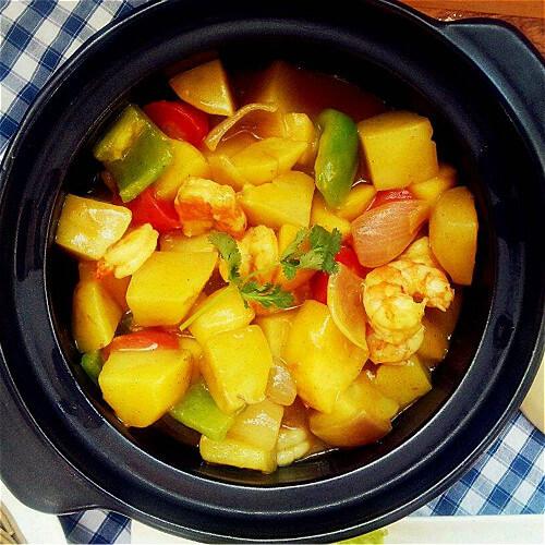 高档的苹果咖喱虾