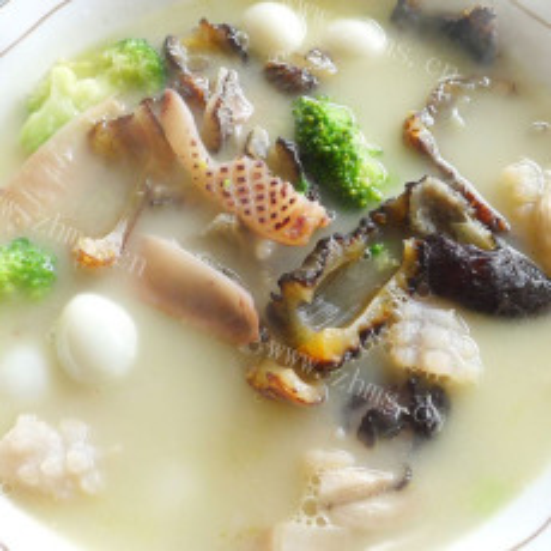 营养的排骨海参汤