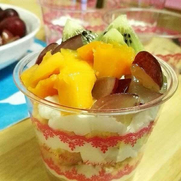 酸奶水果蛋糕杯