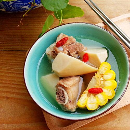 好喝的玉米鲍菇排骨汤