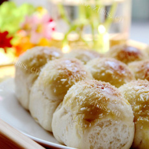 美味的椰丝香软小面包
