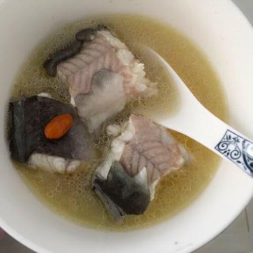 鳗鱼归杞滋补汤
