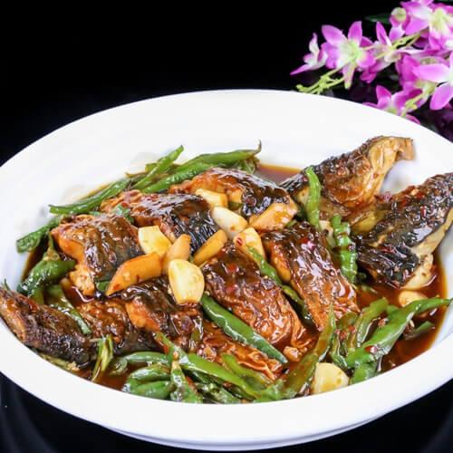 好吃的青椒焖草鱼