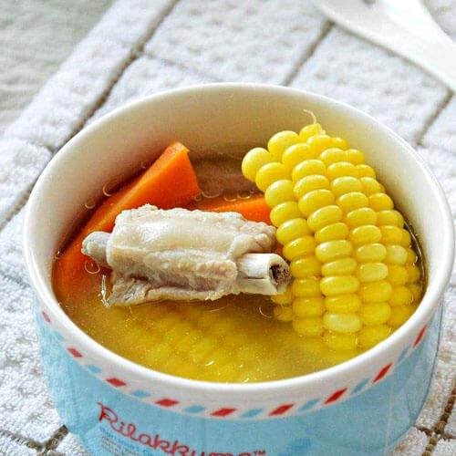美味私房排骨玉米汤