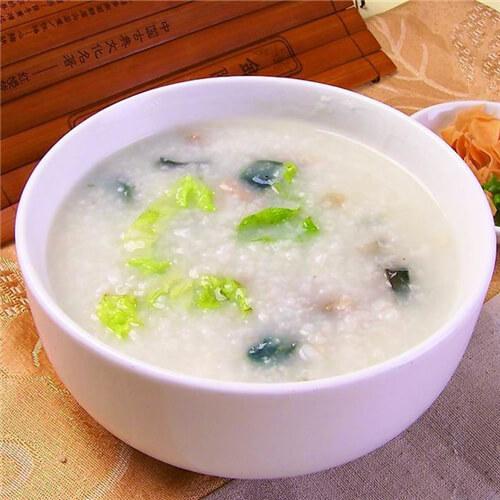 营养的松子仁大米粥