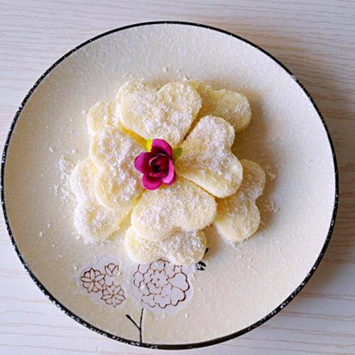 椰丝牛奶小花