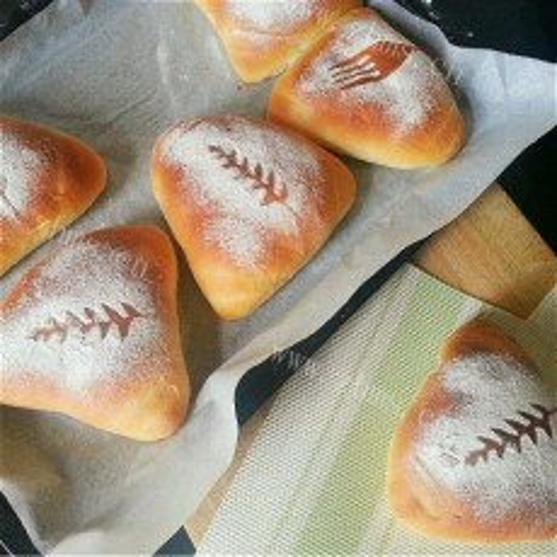 红豆酸奶面包