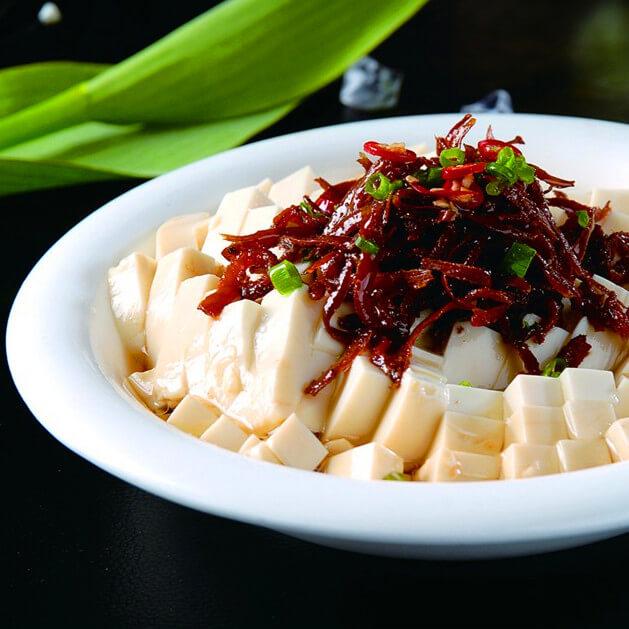 丁香鱼圆白菜炒年糕
