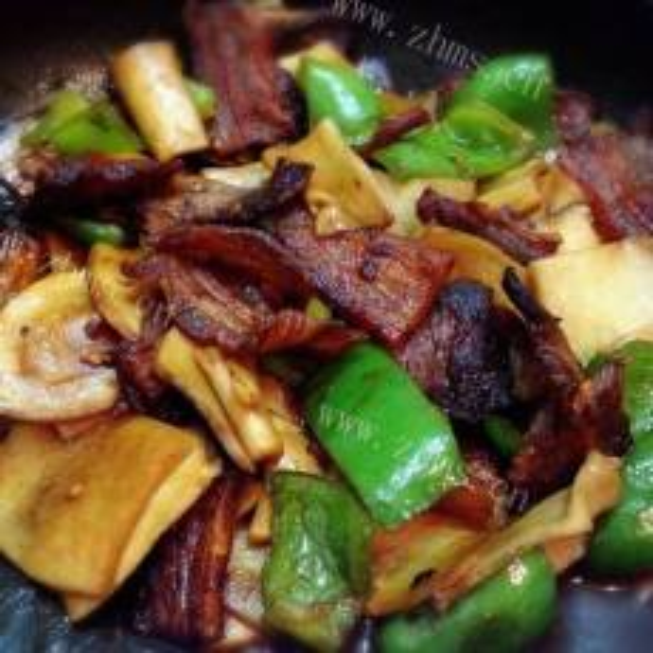干锅五花肉杏鲍菇