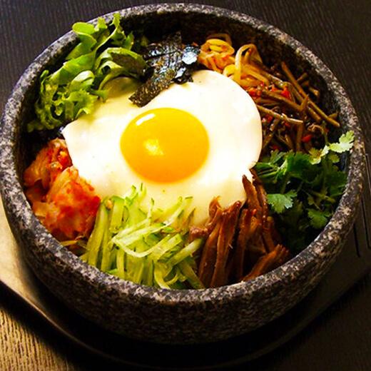 胡萝卜火腿肠鸡蛋拌饭