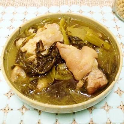 咸菜煲猪脚