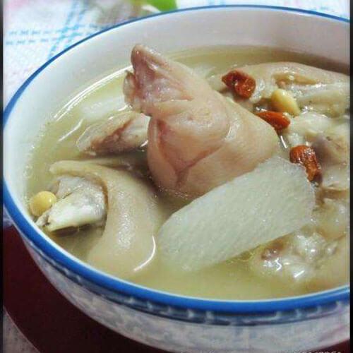 白菜干无花果猪脚汤
