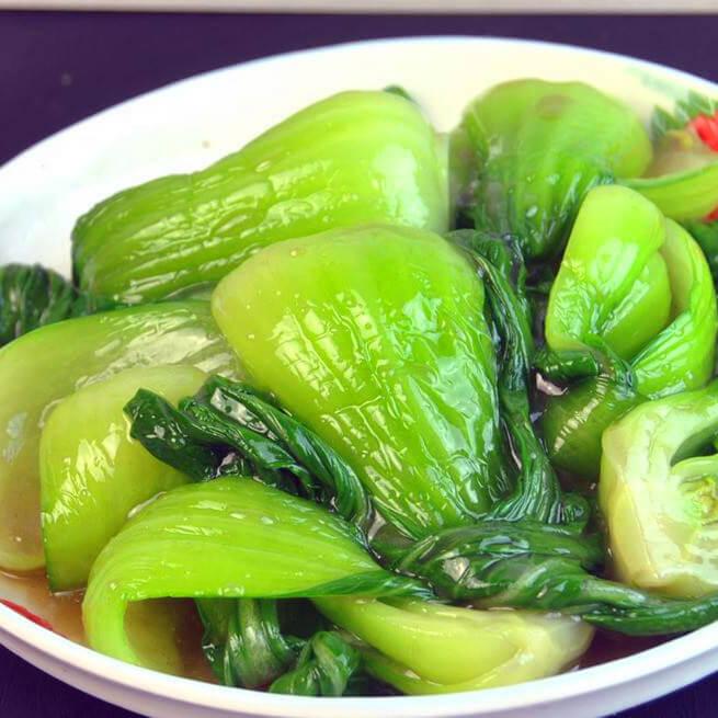 小炒白油菜