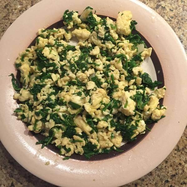 荠菜蛏子肉炒鸡蛋