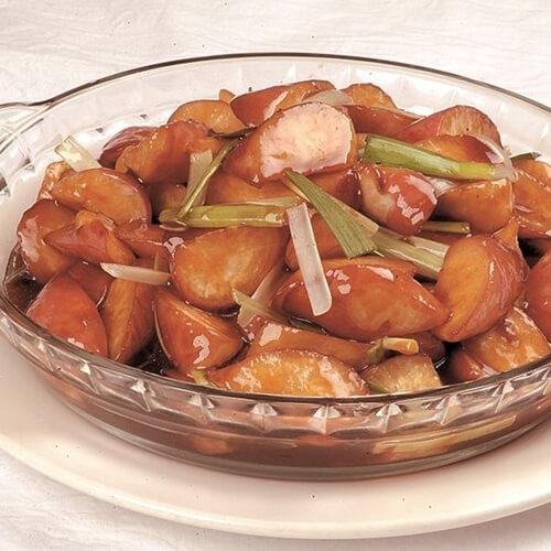 脆嫩可口的红烧小萝卜