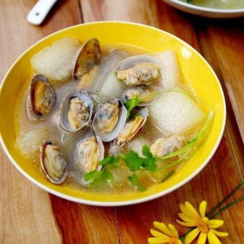 可口花蛤莴苣叶汤