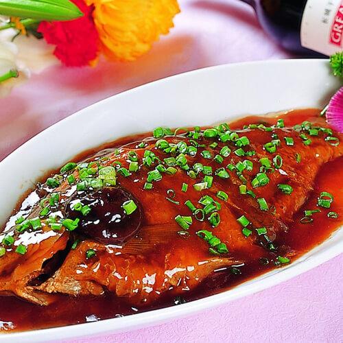 蒜子红烧小鲳鱼