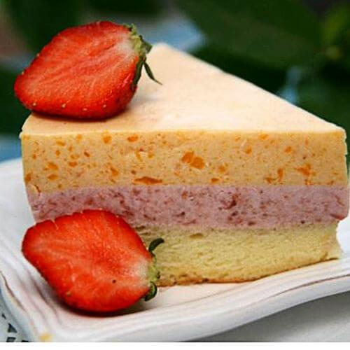 美味的双色慕斯蛋糕