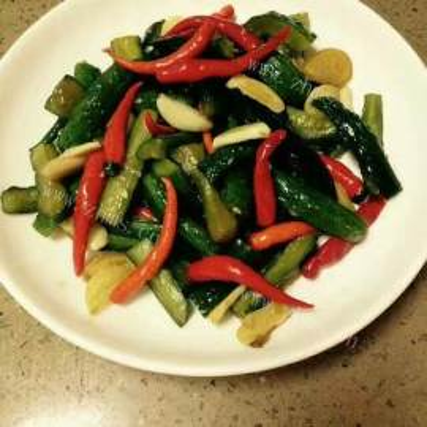 腌黄瓜酸菜