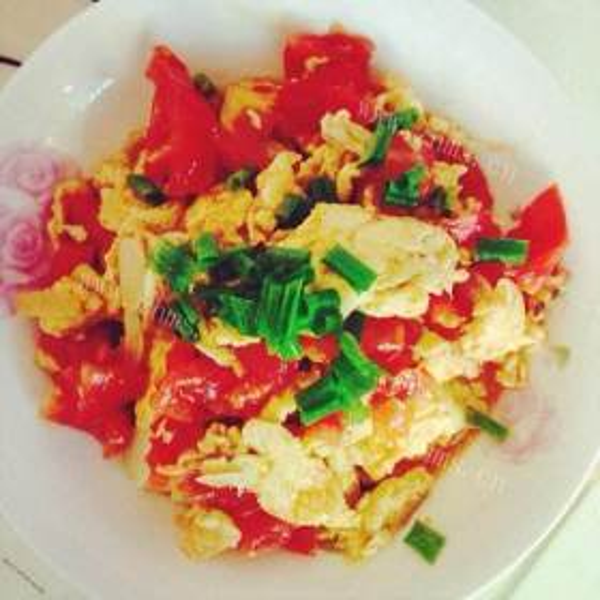 蒜薹蘑菇炒鸡蛋