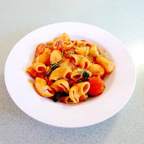 番茄煮意粉