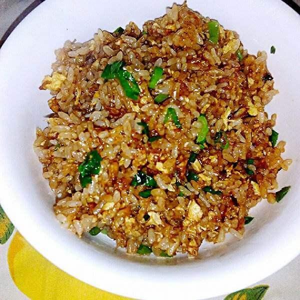 美味的豉香海米蛋炒饭