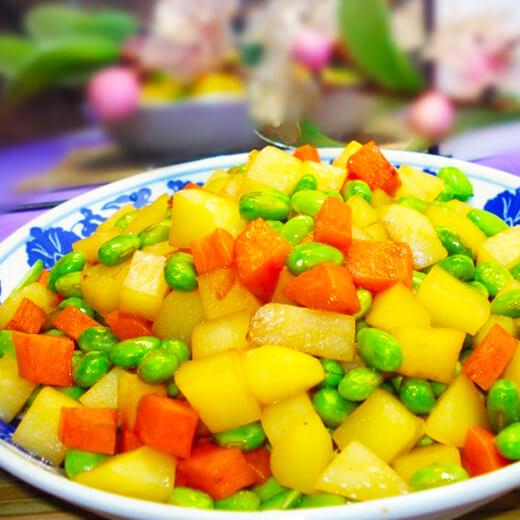 萝卜丁炒土豆