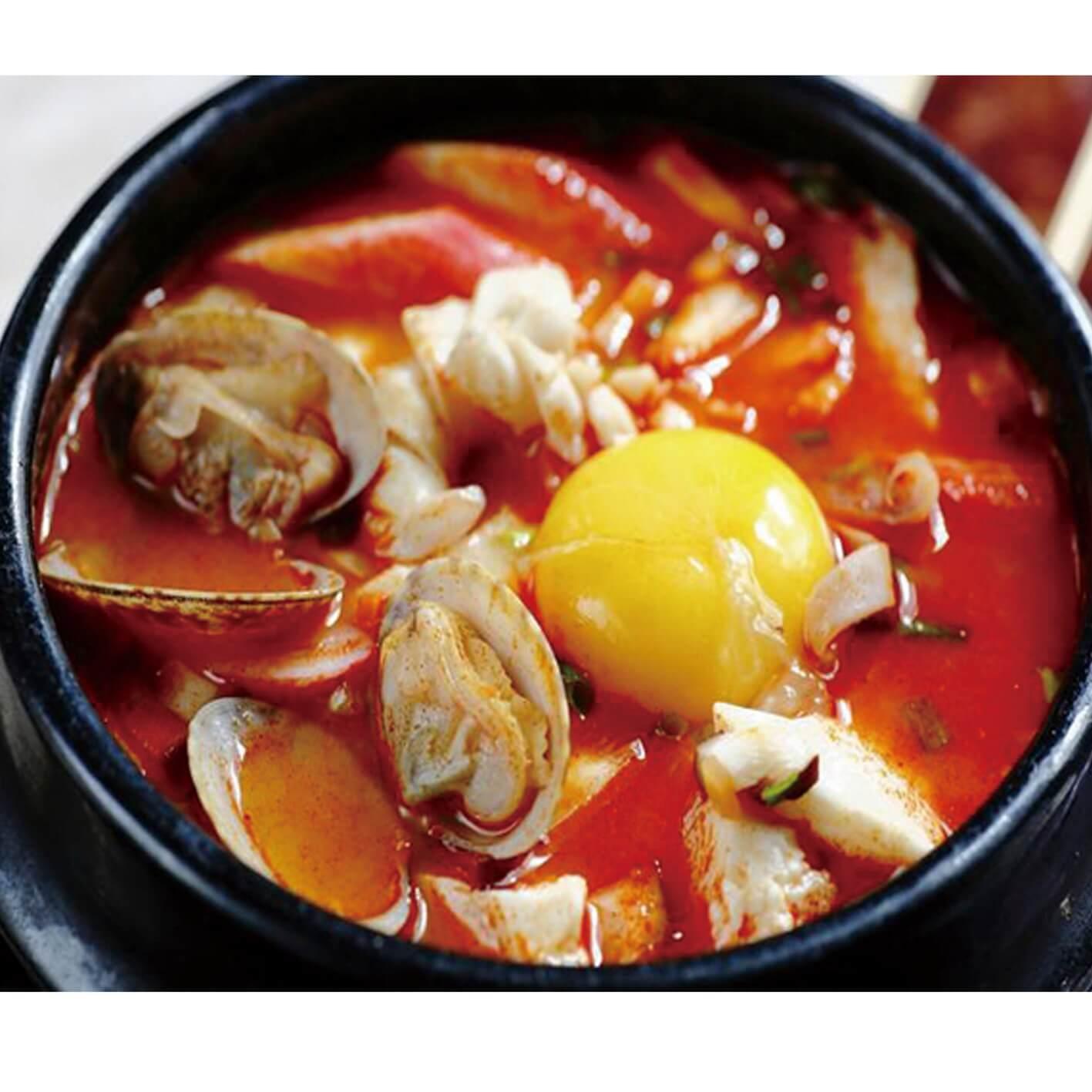 鲜美好吃的笼蒸海鲜豆腐