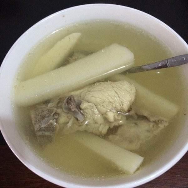 酸笋豆腐鱼头汤