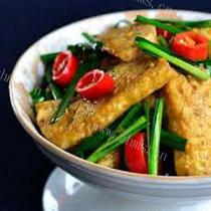 韭菜酱豆腐