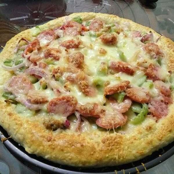 核桃烤鸡披萨