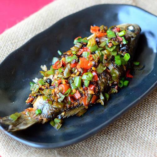 油榄豉豆腐蒸鱼片