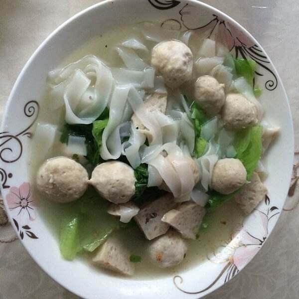 青豆肉粉汤