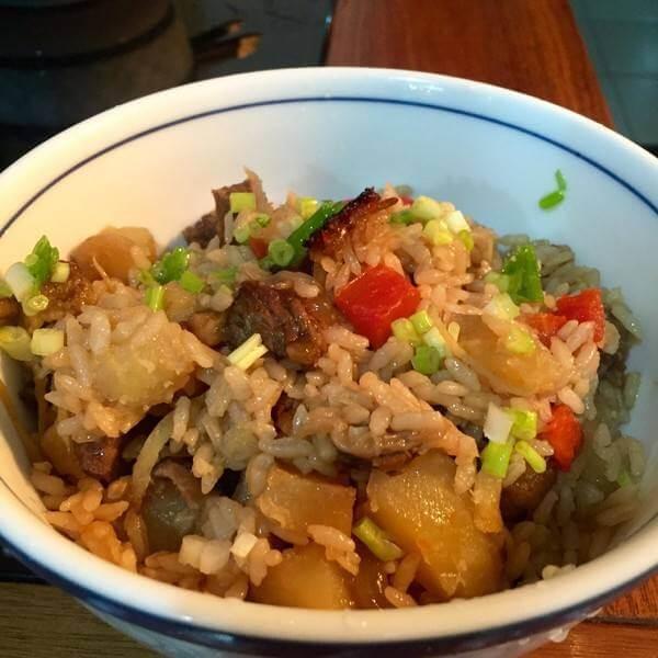 香菇土豆肉米饭