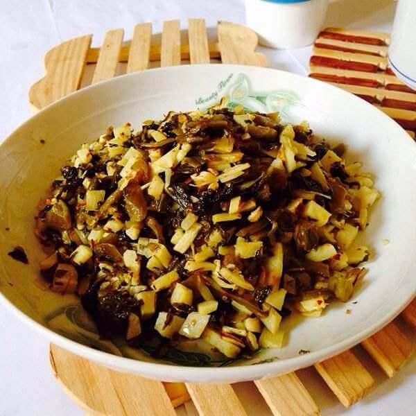 春笋酸菜红薯叶