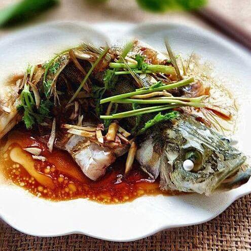 沙姜酱油蒸海鲈
