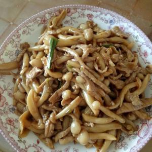 荤菜小菌菇炒肉丝
