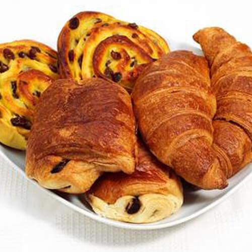 #美食派#墨鱼牛角面包