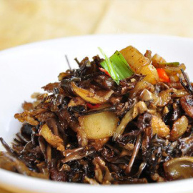 梅菜干炒五花肉