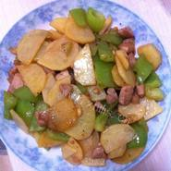 土豆炒辣椒