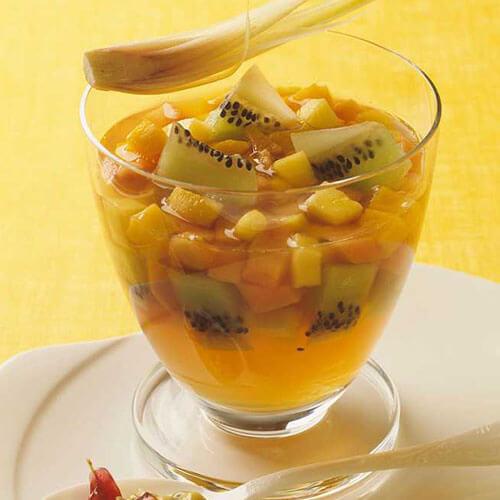 健康的汤圆水果羹