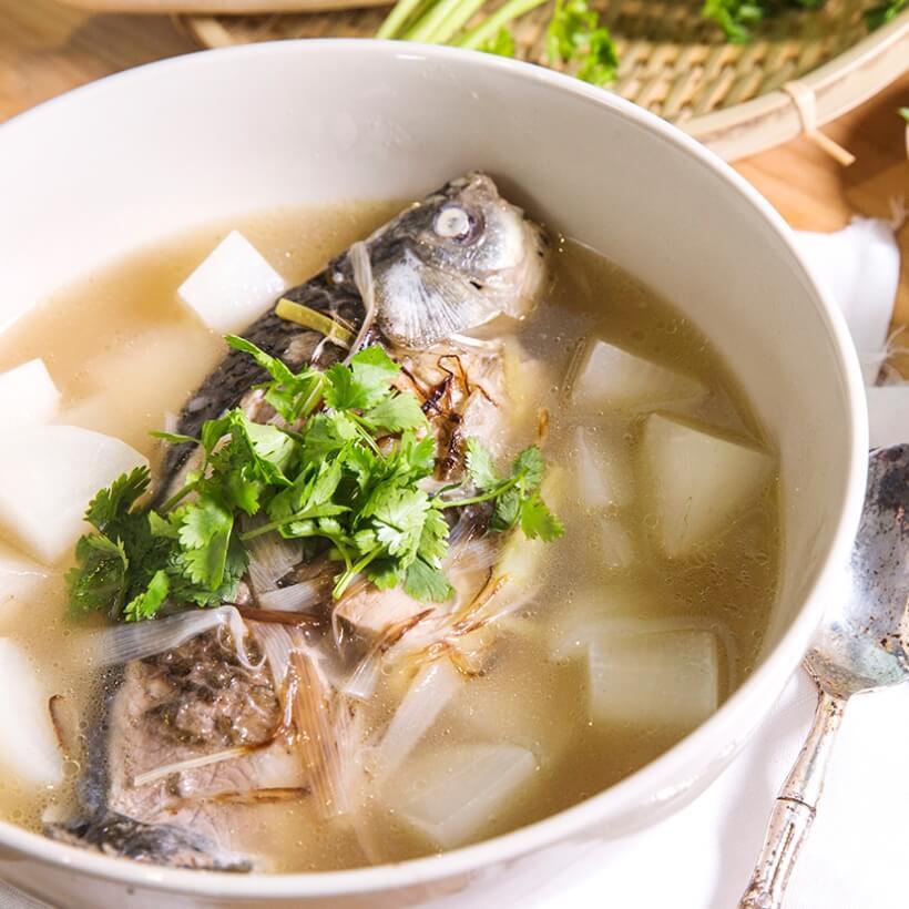芹菜鲜鱼汤